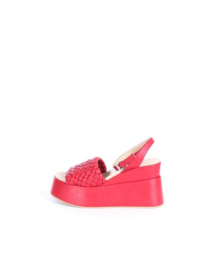 Strategia With wedge Red